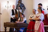 19._Conference_in_Prague_-_Monastery_restaurant_-_Traditional_dancing__music